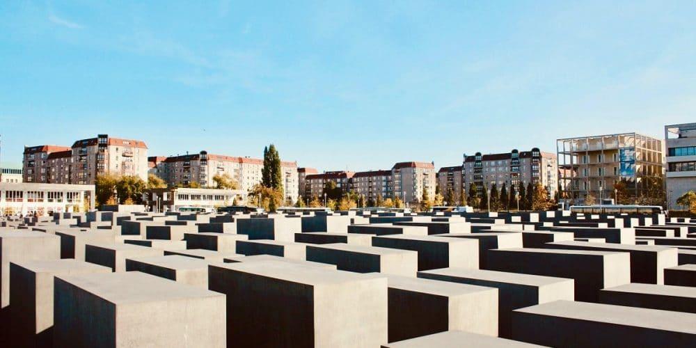 memorial-1000x500